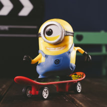 Doll / Ornament / hardware doll goods in stock Skateboard doll Movies 12*10*5cm Plastic Yellow man / mean me Fun project Minions CD28C