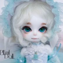 BJD doll zone a doll 1/8 Over 14 years old goods in stock Whitening pure white and yellow powder Monocephala nuda