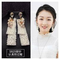 Ear Studs Synthetic cubic zirconia / water drill 30-39.99 yuan Other / other golden brand new Japan and South Korea female goods in stock Fresh out of the oven Gold Plated inlaid artificial gem / semi gem Plants and flowers E132