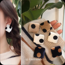 Ear Studs Alloy / silver / gold RMB 1.00-9.99 Other / other 1 ᦇ milk tea 2 ᦇ white 3 ᦇ Navy brand new Original design female goods in stock Fresh out of the oven Not inlaid