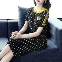 Dress Summer of 2018 black MLXLXXLXXXL Long skirt Commuting Single Short sleeve Hooded Dot Middle waist Sleeve other conventional Korean version Type H 30-34 years old seven hundred and thirteen Jessiro / jessilo Smocked patch pocket tie stitching three-dimensional decorative beaded print Double