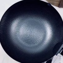 Wok General application of gas electromagnetic range Not easy to rust without coating pig iron Pig iron frying pan is scheduled to be delivered in about 5 days 32cm Other / other Six