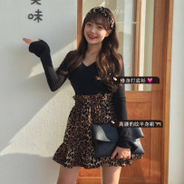 Fashion suit Autumn of 2018 Average size Black T leopard skirt 18-25 years old Other / other cotton
