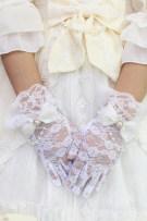 glove other female Average size Alice girl