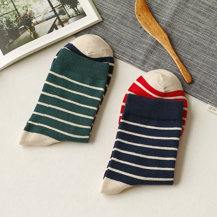 Socks cat Average size One pair in each of the five colors See description