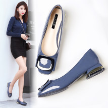 Low top shoes 32 33 34 35 36 37 38 39 40 41 42 43 Other / other Black apricot pink sky blue Square head Thick heel Patent leather Shallow mouth Low heel (1-3cm) Superfine fiber Spring of 2018 Trochanter Korean version Adhesive shoes Youth (18-40 years old) Solid color rubber Single shoes PU daily