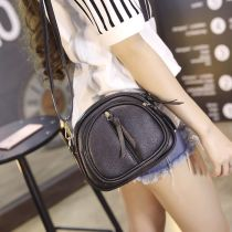 Bag Inclined shoulder bag PU Small square bag Other / other 9152 black 9159 gray 9258 black 9260 black 2839 gray 2839 black 2850 black 9159 black 2858 Brown 2858 black brand new Japan and South Korea Mini leisure time soft zipper no Solid color Single root Straddle shoulder nothing youth Sewing