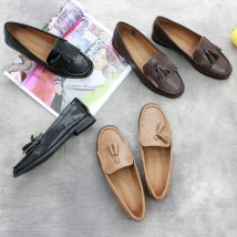 Low top shoes 35 36 37 38 39 40 Other / other Black apricot coffee Round head Flat bottom PU Midmouth Flat heel (1cm or less) PU Spring of 2018 Trochanter Mori Adhesive shoes Youth (18-40 years old) Solid color rubber Lefu shoes tassels PU daily OK, d0823-1 Face dressing one thousand