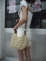 Bag The single shoulder bag grass other Other / other Light Khaki Beige red black brand new Japan and South Korea Small other soft zipper yes stripe Single root One shoulder cross Yes Horizontal square weave Telescopic handle polyester cotton Mobile phone bag certificate bag W3150