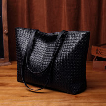 Bag The single shoulder bag PVC Tote Bag Heirong Lauder Black system + lifetime warranty + free hand bag black crocodile pattern + lifetime warranty + free hand bag brand new European and American fashion large leisure time soft zipper no Solid color Double root One shoulder hand Yes youth weave