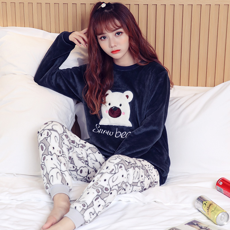 Pajamas / housewear set female Other / other Pay attention to the store and give small gifts Yl773 Blue Bear Polyester (polyester) Long sleeves Sweet pajamas winter thickening Crew neck Cartoon animation trousers Socket youth 2 pieces rubber string More than 95% Coral velvet fabric Embroidery