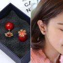 Ear Studs Сплав / серебро / золото другой / другие 30-39,99 юаней Япония и Южная Корея женщина новый акции Свежеиспеченный Инкрустированный искусственный камень / полудрагоценный камень Цветы растений A305