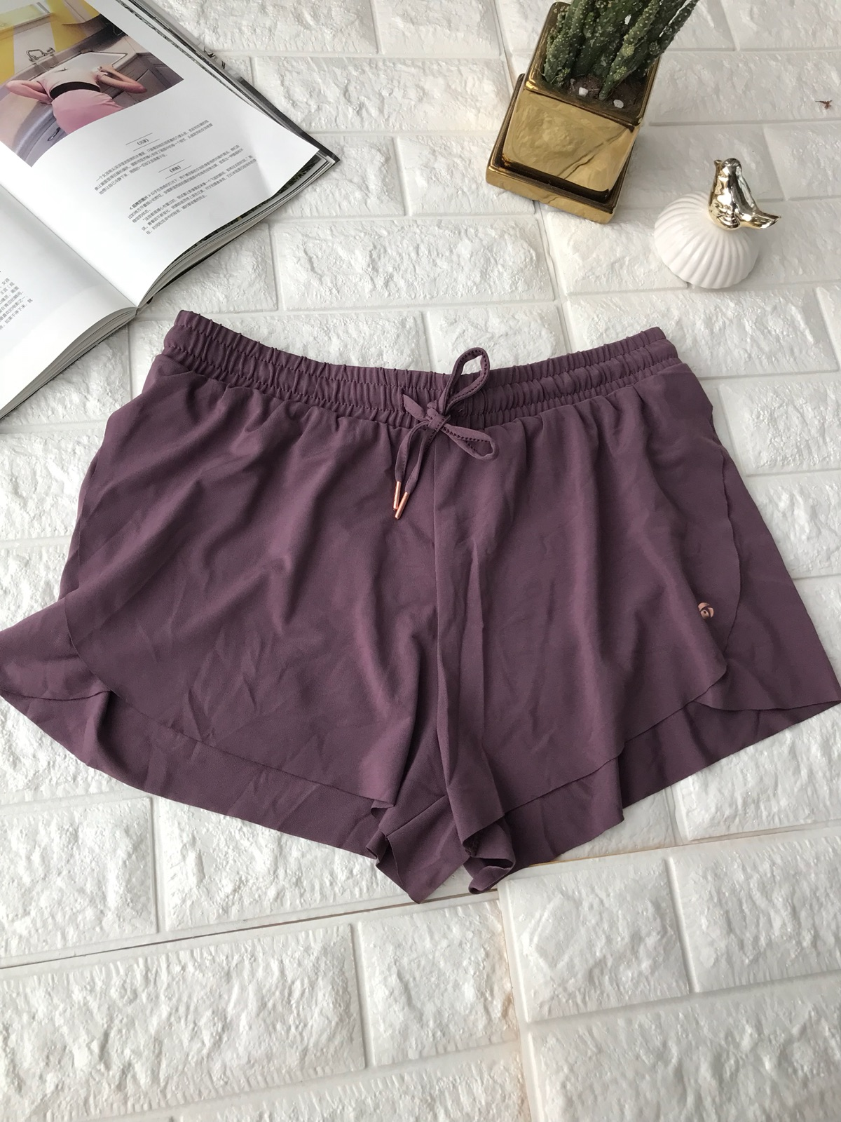 Sports pants / shorts violet two hundred and one thousand eight hundred and six seventeen thousand eight hundred and thirty-eight Two hundred female XS S M L