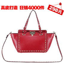 Bag The single shoulder bag cowhide Wing bag Other / other brand new European and American fashion Small leisure time soft Buckle no Solid color Single root One shoulder cross carry nothing youth Wing shape rivet Soft handle Velvet Rivet bag_ Horizontal plate Double skin of cattle