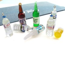 Other DIY accessories Other accessories other 0.01-0.99 yuan 1 square blue 2 round blue 3 square red 4 round red 5 green wine bottle 6 Brown wine bottle 7 white wine bottle 8 beer cup brand new Fresh out of the oven Spring of 2018