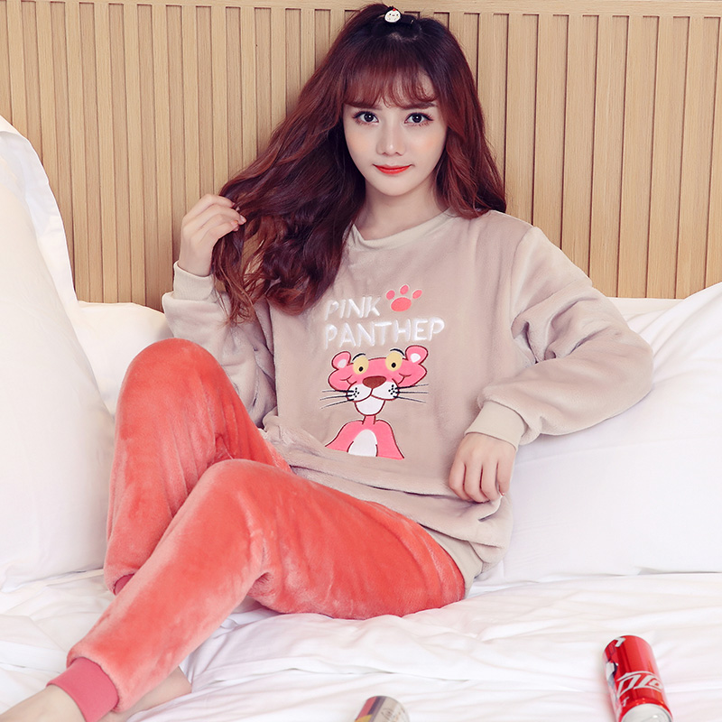 Pajamas / housewear set female Other / other Pay attention to the store and give small gifts YL ᦇ 551 Khaki Leopard Polyester (polyester) Long sleeves Sweet pajamas winter thickening Crew neck Cartoon animation trousers Socket youth 2 pieces rubber string More than 95% Coral velvet fabric Embroidery