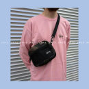 The single shoulder bag U.S.A For men and women Four hundred and ninety-nine Black Decor Other / other