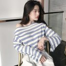 T-shirt Black and white stripe blue white stripe pink white stripe Average size Spring of 2018 Long sleeves One word collar easy Regular routine commute other 30% and below 18-24 years old Korean version other Thin horizontal stripe E