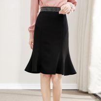 skirt Spring 2021 M,L,XL,2XL black longuette commute High waist skirt Solid color Type A 25-29 years old More than 95% Wool Golden Shadow polyester fiber zipper Korean version