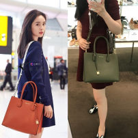 Bag Cowhide Shoulder Bags Small party package Michael Kors Shoulder Messenger brand new European and American fashion Casual Big No Single soft zipper Pure color youth Have Soft handle Card position Zipper pocket Mobile phone bag ID bag Sandwich zipper bag letter Cowhide Digging bags