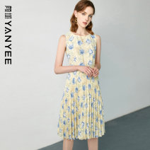 Dress Summer 2021 Blue flower [delivery within 30 days after pre-sale] S M L XL XXL Mid length dress singleton  Sleeveless commute Crew neck middle-waisted Decor Socket other routine Others 35-39 years old Type X Yan Yu Ol style 20S1I0210 More than 95% polyester fiber Polyester 100%