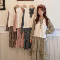 Fashion suit Autumn 2020 Average size White vest, Navy Dress, coffee dress, pink dress, green dress 18-25 years old YM3756 30% and below