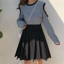 skirt Winter of 2019 M,L,XL,2XL,3XL,4XL Black, gray Middle-skirt Versatile High waist Pleated skirt Solid color Type A 18-24 years old Wool other fold