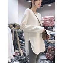 T-shirt Medium, medium, long side slit S,M,L,XL,2XL Autumn 2020 Long sleeves Crew neck easy Medium length routine commute cotton 86% (inclusive) -95% (inclusive) 18-24 years old Korean version literature Letters, solid color Embroidery