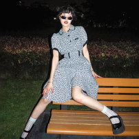 Dress Summer 2020 Black and white, black and white pre-sale S,M,L Mid length dress commute Doll Collar High waist Broken flowers Three buttons A-line skirt puff sleeve Type A serious zizifei Retro More than 95% cotton