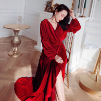 Dress Winter of 2018 Bordeaux XS,S,M,L longuette singleton  Long sleeves street V-neck High waist Solid color Socket Ruffle Skirt puff sleeve Others 25-29 years old Type X Reeve haute couture Ruffles, open back, asymmetrical 91% (inclusive) - 95% (inclusive) other other Europe and America