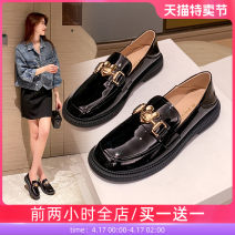 Low top shoes 35 36 37 38 39 Ah Mo black Round head synthetic leather Thick heel Low heel (1-3cm) Midmouth synthetic leather Spring 2021 Trochanter commute Adhesive shoes Youth (18-40 years old) Solid color rubber Single shoes leisure time 21794ASG6478