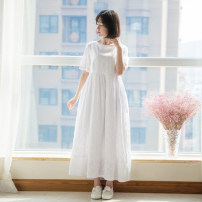 Dress Summer 2017 white M, L longuette singleton  Short sleeve commute Crew neck middle-waisted Broken flowers Socket A-line skirt routine Others Type A Happy to go literature D-116W More than 95% other cotton