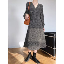 Dress Spring 2021 Black, apricot M, L Mid length dress singleton  Long sleeves commute V-neck High waist Broken flowers zipper A-line skirt routine Others 25-29 years old Type A literature printing V-neck Floral Dress More than 95% Chiffon