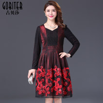 Middle aged and old women's wear Autumn of 2019 gules M L XL 2XL 3XL 4XL fashion Dress Self cultivation singleton  Decor 50-59 years old Socket other routine GF29H3301 Gubeisha polyester Polyester 100% 96% and above Pure e-commerce (online only) Middle-skirt Lace other