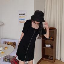 Dress Summer 2021 black M [80-95 Jin], l [95-115 Jin], XL [115-135 Jin], 2XL [135-155 Jin], 3XL [155-175 Jin], 4XL [175-200 Jin] Middle-skirt singleton  Short sleeve commute square neck High waist Solid color zipper A-line skirt routine Others 25-29 years old Type A Retro zipper cotton