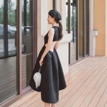 Dress Autumn of 2019 black XS,S,M,L Mid length dress singleton  Sleeveless commute Crew neck middle-waisted Solid color zipper A-line skirt routine Others 25-29 years old Type A other