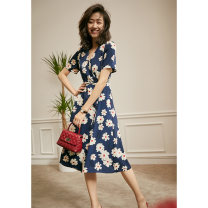 Dress Spring 2021 Blue flowers, red flowers (in stock), purple flowers (in stock) S,M,L Mid length dress singleton  Short sleeve V-neck middle-waisted Decor A-line skirt routine 25-29 years old Type X Yan'er's Secret Box 19WL1745 More than 95% polyester fiber