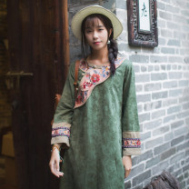 Dress Spring of 2019 green S,M,L Mid length dress singleton  Long sleeves commute Crew neck middle-waisted Broken flowers Socket A-line skirt routine Others 30-34 years old Type A Far town Retro Embroidery, stitching More than 95% other cotton