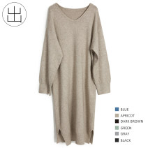 Dress Winter of 2018 Gray, black, dark brown, Retro Blue, bean green, oatmeal Average size longuette singleton  Long sleeves commute V-neck Loose waist Solid color Socket routine 25-29 years old Retro 7K98 31% (inclusive) - 50% (inclusive) knitting other