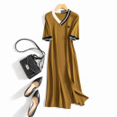Dress Autumn 2020 Picture color L, M Mid length dress singleton  Short sleeve commute V-neck Loose waist Solid color Socket A-line skirt routine Others Korean version Three dimensional decoration, splicing 51% (inclusive) - 70% (inclusive) knitting other