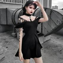Dress Summer of 2019 black S,L,M Middle-skirt singleton  street High waist Solid color Socket Pleated skirt Hanging neck style 18-24 years old Printing, holes, stitching, asymmetry, three-dimensional decoration 71% (inclusive) - 80% (inclusive) Lace polyester fiber