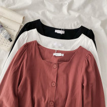 shirt Red, black, white Average size Spring 2021 cotton 51% (inclusive) - 70% (inclusive) Long sleeves commute Short style (40cm < length ≤ 50cm) square neck Socket pagoda sleeve Solid color 18-24 years old Straight cylinder Korean version Tightness cotton