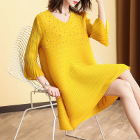 Dress Spring 2021 Black, yellow, khaki, red Average size Mid length dress singleton  three quarter sleeve street Crew neck Loose waist Solid color Socket A-line skirt pagoda sleeve Others 35-39 years old LAN Meng has an appointment Stitching, beading, pleating 80158 LY82 other polyester fiber