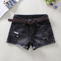 Jeans 25 26 27 28 29 30 31 Summer of 2018 black shorts Natural waist Straight pants conventional 18-24 years old Cotton denim Wear out water wash and whiten metal decoration Dark