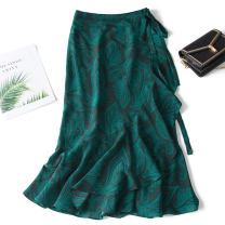skirt Summer of 2019 M,L,XL Fishtail skirt with green pattern (shipped in early April) Mid length dress commute Natural waist Decor Type H F0199 More than 95% Pu Xu silk Lace, lace Retro