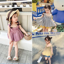 Vest sling Red and white, black and white, yellow and white camisole 90,100,110,120,130 summer Yiqi baby female There are models in the real shooting leisure time lattice square neck nothing Pure cotton (95% and above) Cotton 100% C92K17DT006