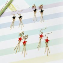Earrings Alloy / silver / gold RMB 1.00-9.99 Bilandi A pair of red ear hook, a pair of black ear hook, a pair of red ear clip, a pair of black ear clip brand new female Japan and South Korea goods in stock Not inlaid Stars / sun / Moon / clouds / universe