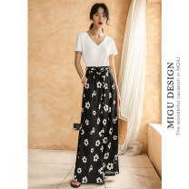 Casual pants Y flower wide leg pants S Autumn of 2019 trousers Wide leg pants Natural waist Thin money 25-29 years old M8091K2489000 Ancient times Polyester 98% polyurethane elastic fiber (spandex) 2%