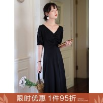 Dress Summer 2020 Y Hepburn pleated skirt S M L Mid length dress elbow sleeve commute V-neck High waist Solid color zipper Big swing puff sleeve Others 25-29 years old Type A Ancient times Retro Pleated zipper with ear edge M7002Q10355 30% and below nylon