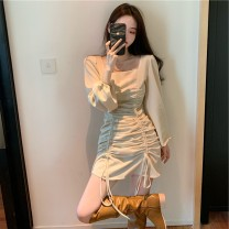 Women's large Autumn 2020 Apricot, black Large L, large XL, s, m, 4XL, 2XL, 3XL Dress singleton  commute Self cultivation moderate Socket Long sleeves Korean version square neck 18-24 years old Short skirt